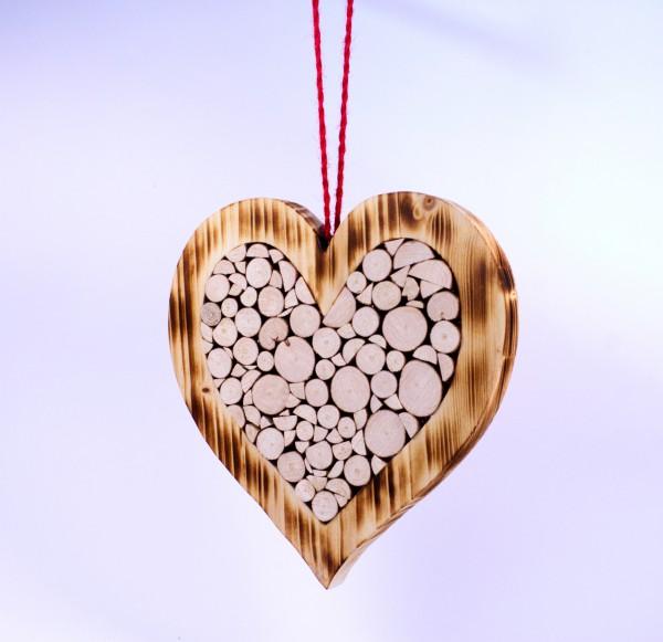 Herz aus Baumscheiben