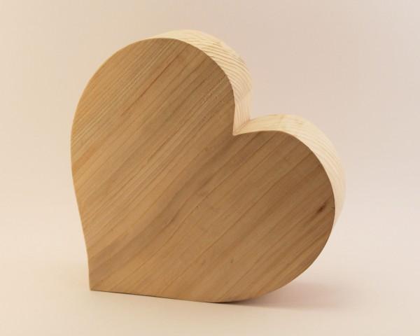 Herz aus Nadelholz 18 cm